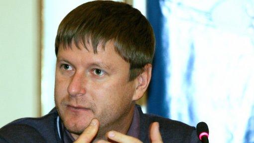 Теннисист Евгений Кафельников заявил, что победа «Спартака» над «Наполи» будет переломной если на тренера не окажут давление