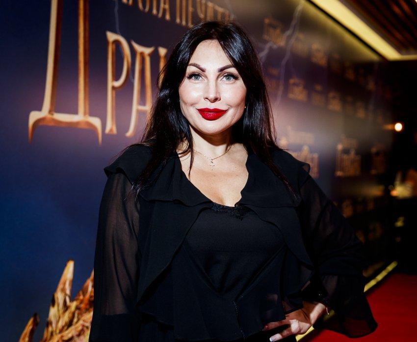 Актриса Наталья Бочкарева призналась, что стала отдаляться от семьи из-за работы