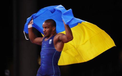 Олимпийский чемпион и депутат Беленюк показал в видео с совместной тренировки с дзюдоисткой Белодед