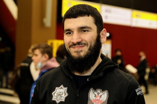 Российский боксёр Артур Бетербиев заявил, что хочет сразиться против лучшего бойца UFC