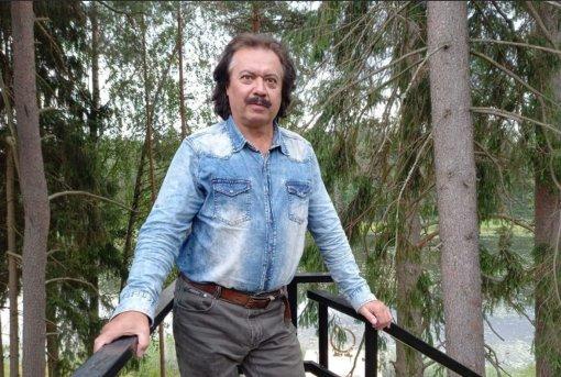 В Петербурге от последствий коронавируса скончался актер Андрей Булгаков