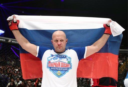 Федор Емельяненко показал кадры с фотосессии перед своим боем на турнире Bellator 269
