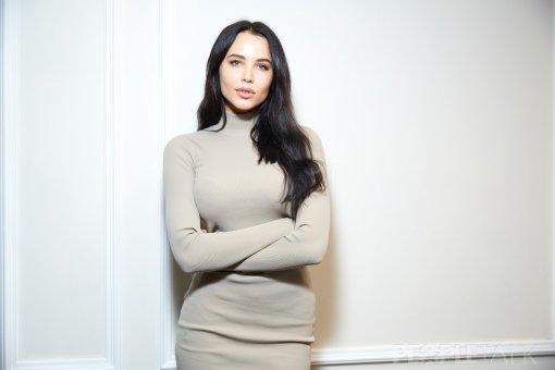 Решетова удивила фанатов сходством с Ким Кардашьян на новых фото