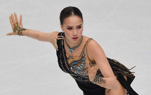 Фигуристка Загитова опубликовала видео синхронного танца с младшей сестрой
