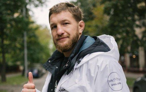 Боец Минеев рассказал о травме, полученной на тренировке перед реваншем с Исмаиловым