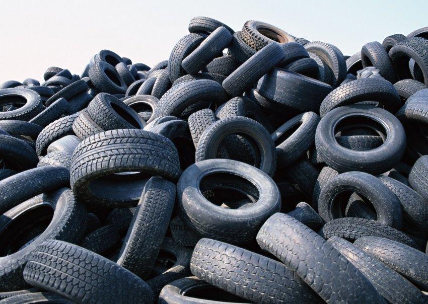 Водителям в РФ объяснили, как выбрать подходящий тип зимней резины для авто