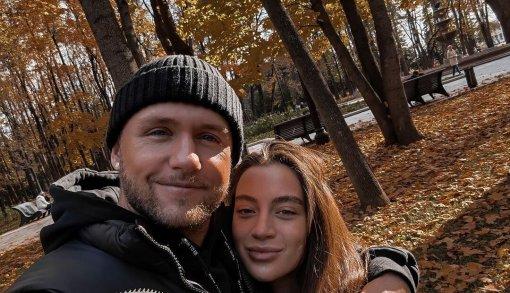 Певец Влад Соколовский станет отцом во второй раз