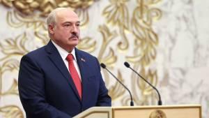 Лукашенко ответил на обвинения в тайной инаугурации