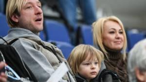 Плющенко разместил в сети фейковую переписку своего сына с Тутберидзе