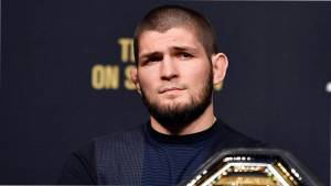 Легковес UFC Хукер заподозрил организацию в особом отношении к Хабибу