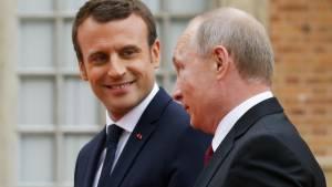 Кремль подтвердил обсуждение Путиным и Макроном ситуации с Навальным
