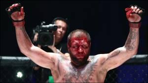 «С мясом и болью»: Олейник оценил перспективы Емельяненко