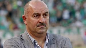 Черчесов отреагировал на перенос игры со Швецией в Москву