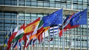 Постпреды ЕС намерены согласовать новый список санкций против России