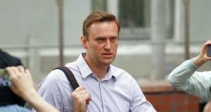 Эксперты не обнаружили на вещах Навального отравляющих веществ