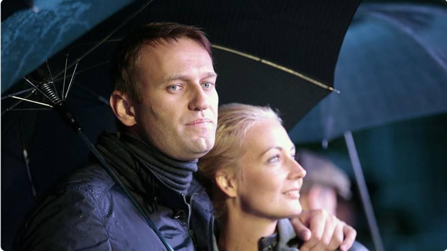 Юлия Навальная отвергла предложение Леонида Рошаля помочь с лечением Алексея Навального