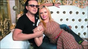 Певец Роман Жуков обматерил бывшую жену в студии НТВ
