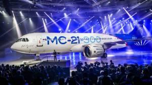 Путин назвал хамством прекращение поставок деталей для самолета МС-21