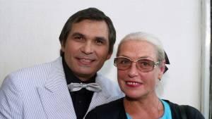 Сын Бари Алибасова остановил его развод с Федосеевой-Шукшиной