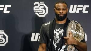 Глава UFC Дана Уайт посоветовал Вудли завершить карьеру