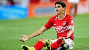 Айртон получил желтую за симуляцию при падении в штрафной ЦСКА