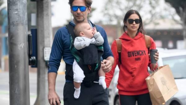 Нежная встреча: Ирина Шейк и Брэдли Купер воссоединились на прогулке с дочерью