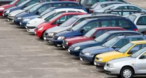 Средний возраст легковых автомобилей в России составил 13,5 лет