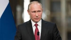 Путин поручил подготовиться к любому развитию ситуации с коронавирусом