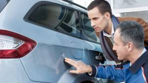 Автоэксперт назвал признаки плохого технического состояния машины