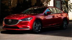Компания Mazda повысила цены на две модели в России