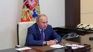 Путин внес в Госдуму законопроекты о правительстве, судах и силовиках