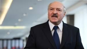 Лукашенко назвал самоорганизацию общества на акциях в Белоруссии мифом