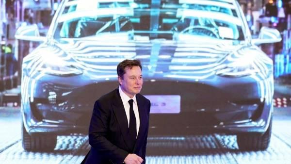 Маск анонсировал беспилотный электромобиль Tesla за $25 тысяч