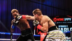 Джермалл Чарло победил Деревянченко и защитил титул WBC в среднем весе