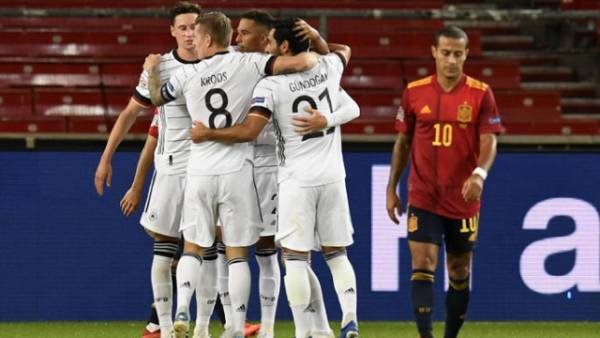 Германия сыграла вничью с Испанией в матче Лиги наций