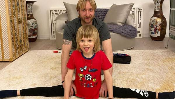 Плющенко отреагировал на насмешки Аршавина в адрес его сына