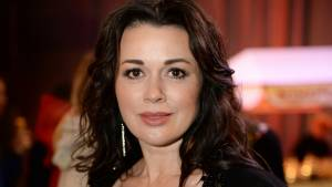 Подруга Анастасии Заворотнюк заявила, что актриса прикована к постели