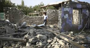 Президент Азербайджана назвал условие прекращения боёв в Карабахе