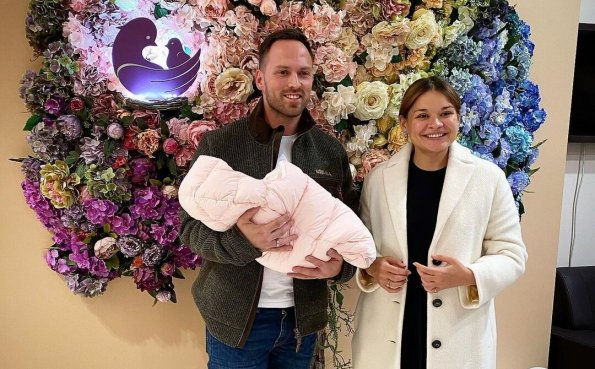 Дочь министра обороны РФ Ксения Шойгу вышла из декрета через 6 дней после родов