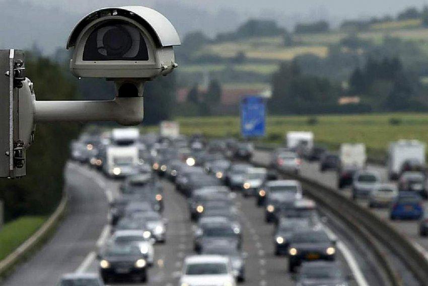 Российских водителей предупредили о дорожных камерах, фиксирующих больше правонарушений