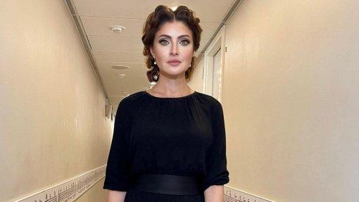 Актриса Анастасия Макеева пытается стрясти с ведущего Андрея Малахова деньги