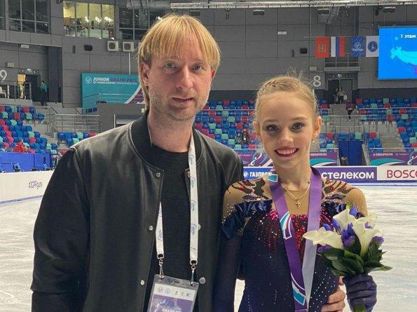 Тренер Плющенко поздравил фигуристку Зинину со вторым местом на Гран-при в Красноярске