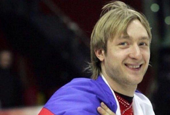В сети раскритиковали фигуриста Плющенко за тренировки сына Александра в гипсе