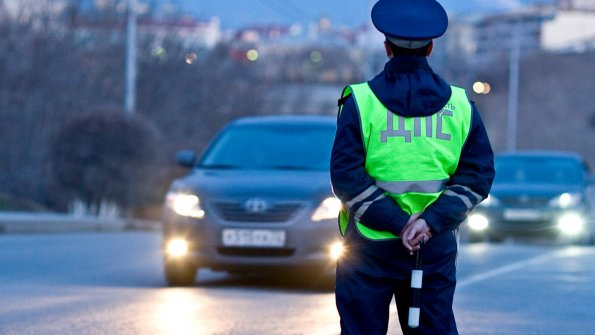Водителям в РФ напомнили за отсутствие каких вещей в багажнике их будут штрафовать