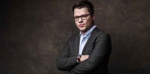Звезда Comedy Club Гарик Харламов показал видео с открытия сети своих ресторанов