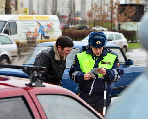 Российским водителям напомнили, за какие нарушения могут лишить прав
