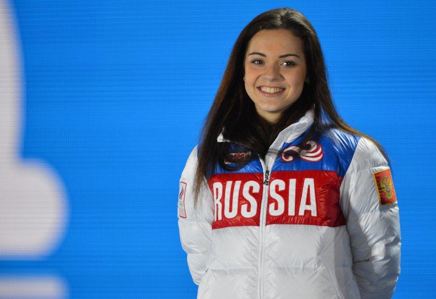 Фигуристка Аделина Сотникова поздравила всех школьников и спортсменов с Днем знаний