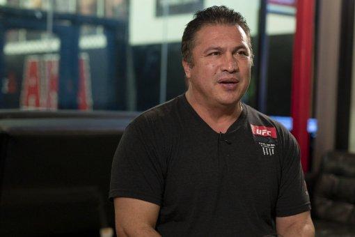 Тренер экс-чемпиона UFC Нурмагомедова считает, что Джейк Пол может одолеть Конора Макгрегора