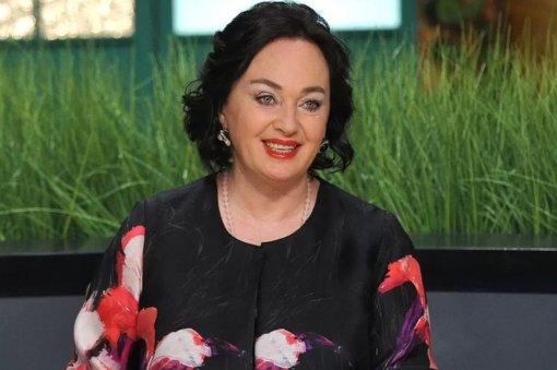 Телеведущая Лариса Гузеева считает себя «абсолютной ватницей» и ждёт внуков