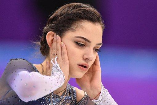 """Евгения Медведева заступилась за Милохина, уронившего ее на съемках """"Ледникового периода"""""""